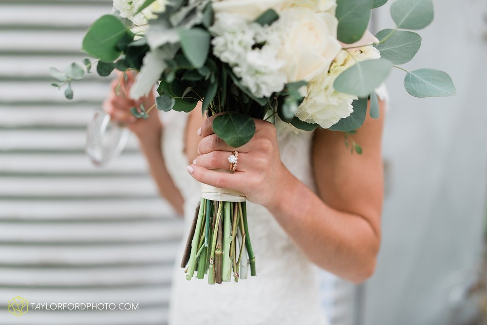 kacee-haden-sholl-second-story-saint-marys-knights-of-columbus-defiance-ohio-wedding-photographer-taylor-ford-photography_0166.jpg
