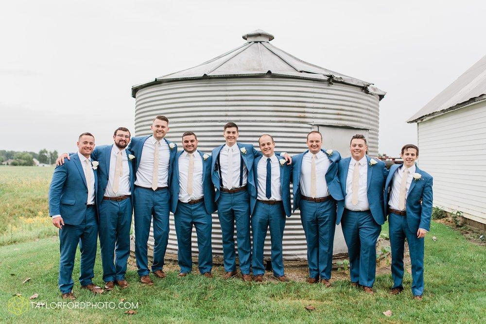 kacee-haden-sholl-second-story-saint-marys-knights-of-columbus-defiance-ohio-wedding-photographer-taylor-ford-photography_0168.jpg