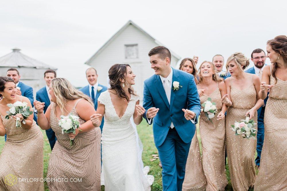kacee-haden-sholl-second-story-saint-marys-knights-of-columbus-defiance-ohio-wedding-photographer-taylor-ford-photography_0174.jpg