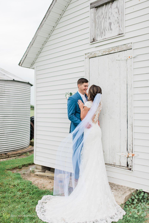 kacee-haden-sholl-second-story-saint-marys-knights-of-columbus-defiance-ohio-wedding-photographer-taylor-ford-photography_0179.jpg