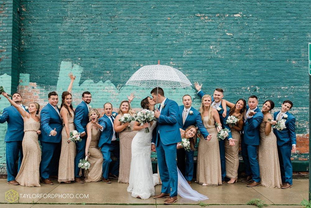 kacee-haden-sholl-second-story-saint-marys-knights-of-columbus-defiance-ohio-wedding-photographer-taylor-ford-photography_0184.jpg