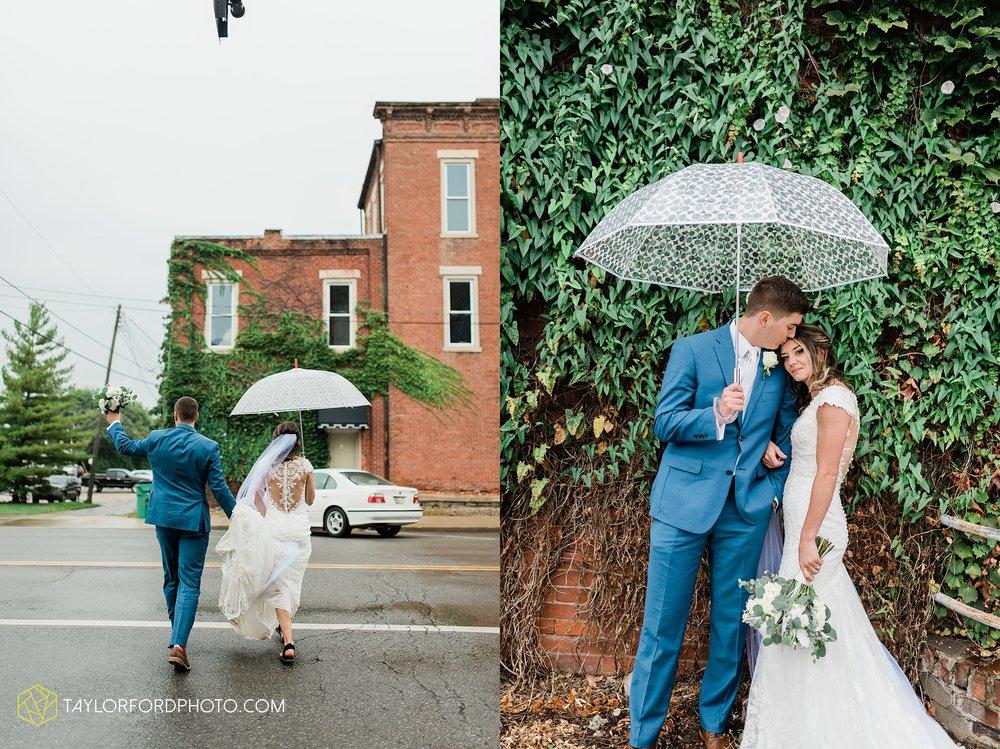 kacee-haden-sholl-second-story-saint-marys-knights-of-columbus-defiance-ohio-wedding-photographer-taylor-ford-photography_0187.jpg