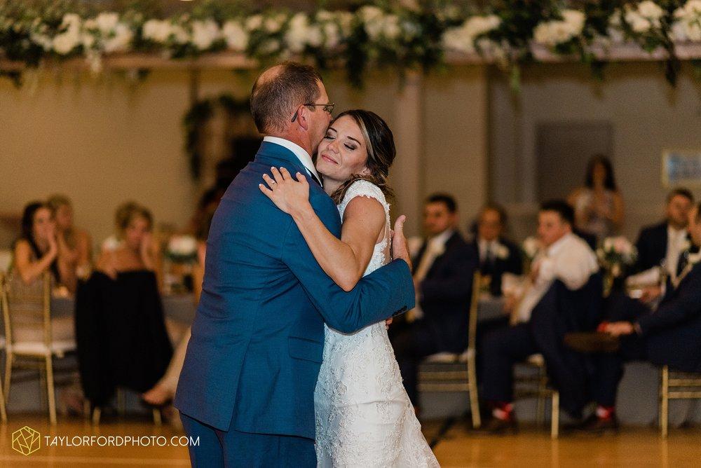 kacee-haden-sholl-second-story-saint-marys-knights-of-columbus-defiance-ohio-wedding-photographer-taylor-ford-photography_0195.jpg