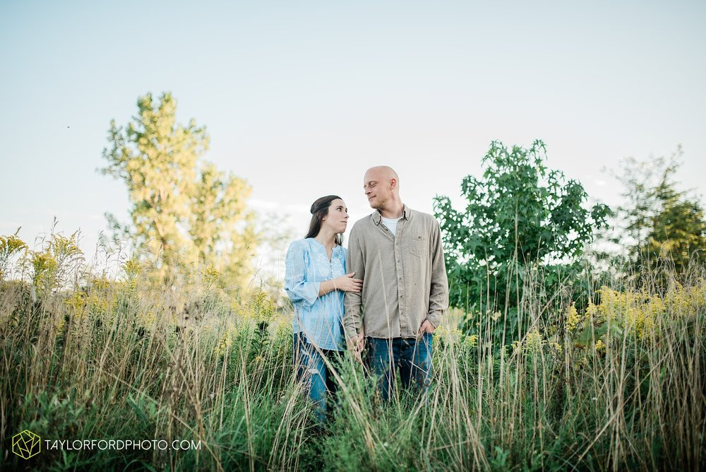 van-wert-ohio-late-summer-engagement-photographer-taylor-ford-photography_0359.jpg
