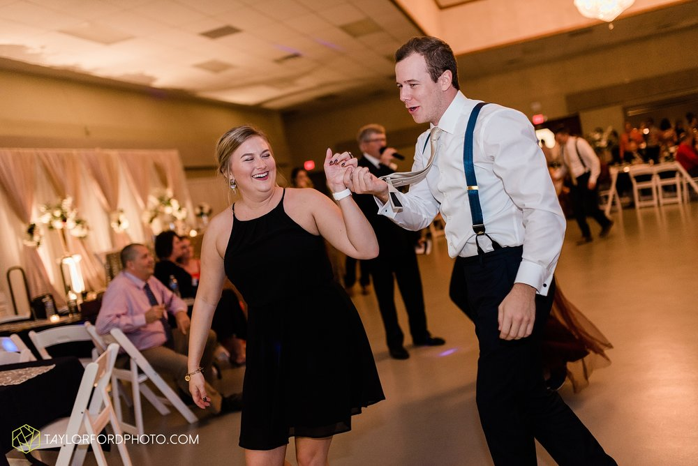 gayle-rayman-mike-steele-ottoville-ohio-wedding-immaculate-conception-parish-center-wedding-sycamore-lake-winery-wannamachers-photographer-taylor-ford-photography_0452.jpg