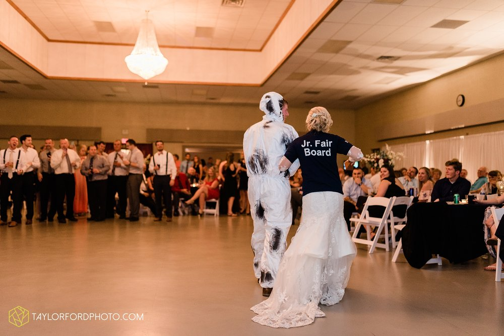 gayle-rayman-mike-steele-ottoville-ohio-wedding-immaculate-conception-parish-center-wedding-sycamore-lake-winery-wannamachers-photographer-taylor-ford-photography_0454.jpg