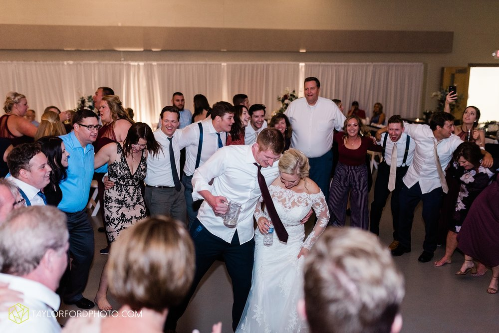 gayle-rayman-mike-steele-ottoville-ohio-wedding-immaculate-conception-parish-center-wedding-sycamore-lake-winery-wannamachers-photographer-taylor-ford-photography_0460.jpg