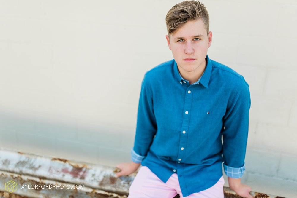 alex-duffus-fort-wayne-indiana-senior-caroll-high-school-chargers-photographer-taylor-ford-photography_0462.jpg