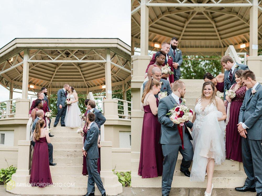 perrysburg-ohio-wedding-parkway-place-walbridge-park-toledo-ohio-maumee-ohio-photographer-taylor-ford-photography_0796.jpg