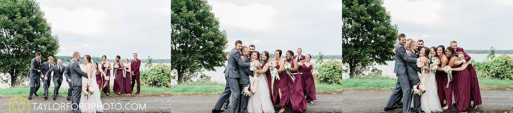perrysburg-ohio-wedding-parkway-place-walbridge-park-toledo-ohio-maumee-ohio-photographer-taylor-ford-photography_0798.jpg