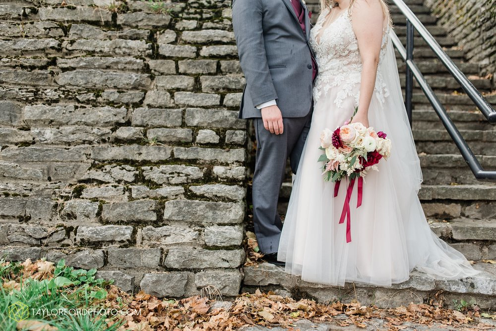 perrysburg-ohio-wedding-parkway-place-walbridge-park-toledo-ohio-maumee-ohio-photographer-taylor-ford-photography_0806.jpg