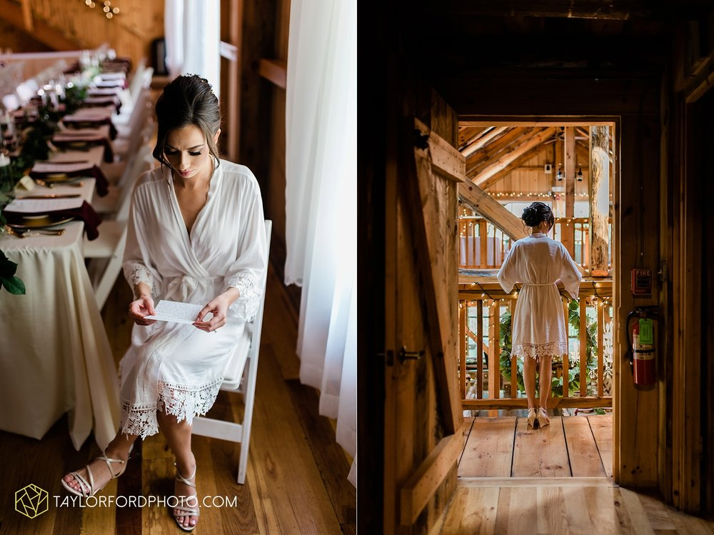 lexi-aric-benjamin-mohican-state-park-the-grand-barn-event-center-treehouse-wedding-cleveland-columbus-northeast-ohio-chicago-couple-wedding-photographer-taylor-ford-photography_5172.jpg
