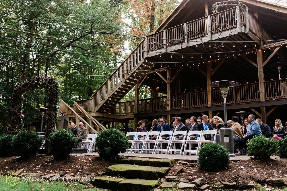 lexi-aric-benjamin-mohican-state-park-the-grand-barn-event-center-treehouse-wedding-cleveland-columbus-northeast-ohio-chicago-couple-wedding-photographer-taylor-ford-photography_5202.jpg