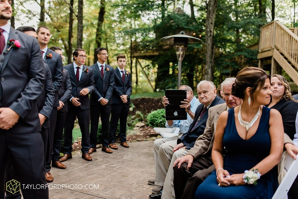 lexi-aric-benjamin-mohican-state-park-the-grand-barn-event-center-treehouse-wedding-cleveland-columbus-northeast-ohio-chicago-couple-wedding-photographer-taylor-ford-photography_5207.jpg