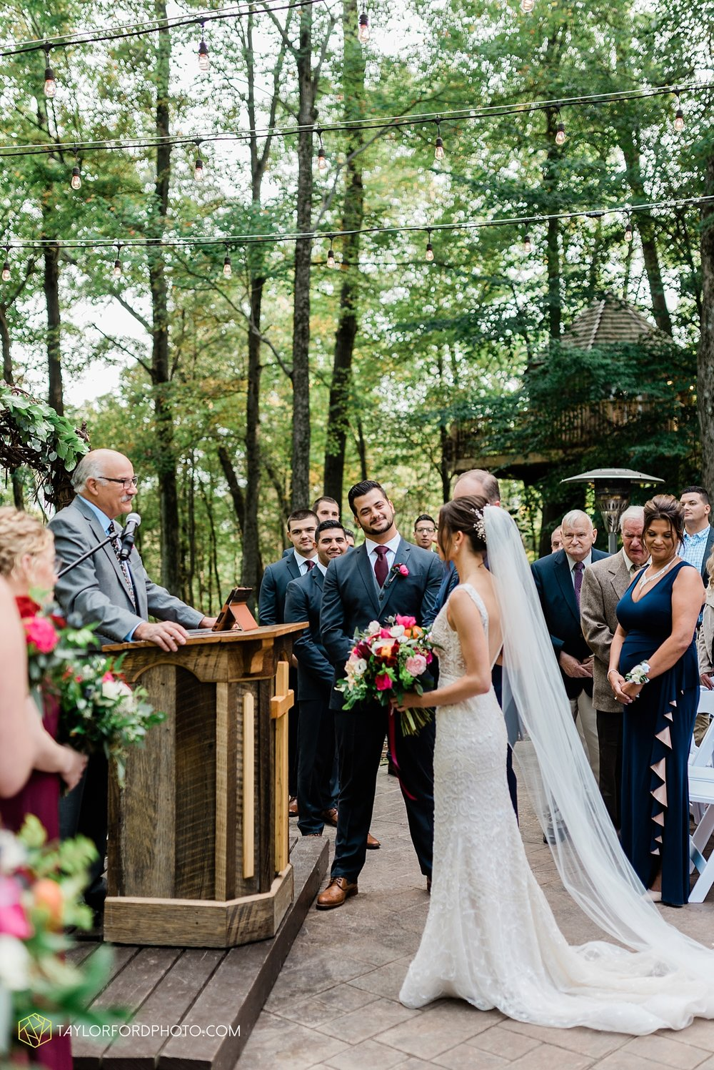 lexi-aric-benjamin-mohican-state-park-the-grand-barn-event-center-treehouse-wedding-cleveland-columbus-northeast-ohio-chicago-couple-wedding-photographer-taylor-ford-photography_5210.jpg
