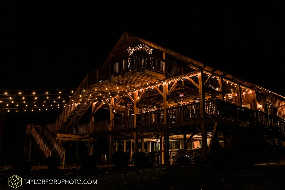 lexi-aric-benjamin-mohican-state-park-the-grand-barn-event-center-treehouse-wedding-cleveland-columbus-northeast-ohio-chicago-couple-wedding-photographer-taylor-ford-photography_5244.jpg