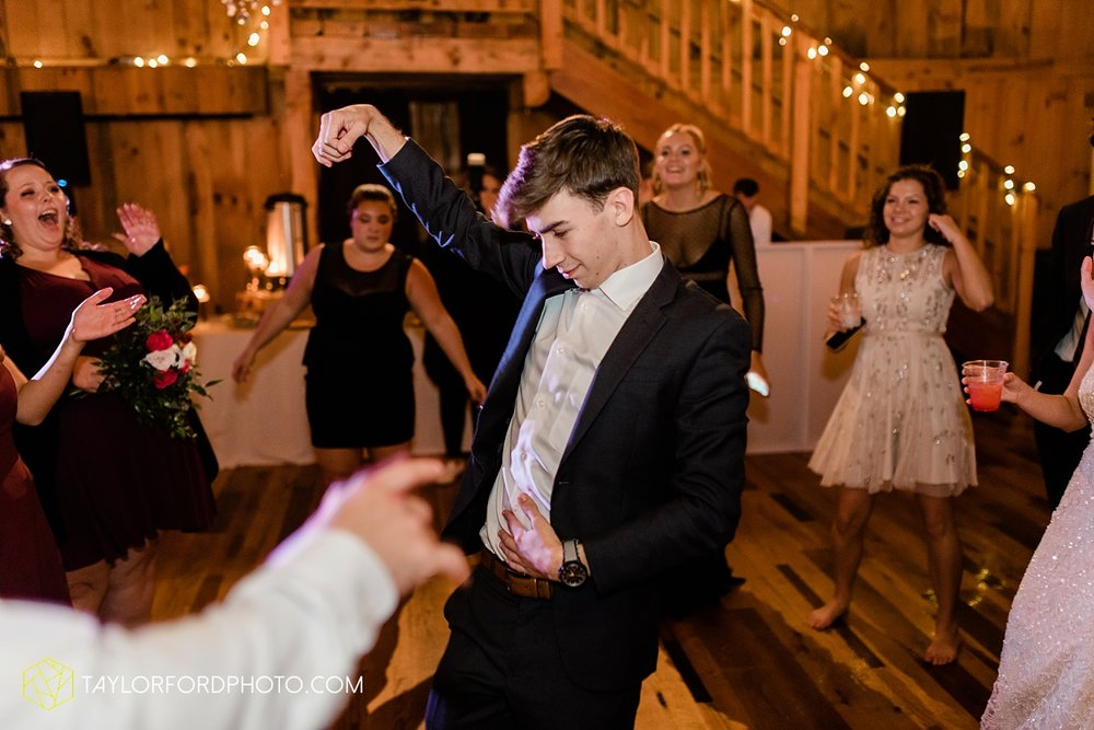 lexi-aric-benjamin-mohican-state-park-the-grand-barn-event-center-treehouse-wedding-cleveland-columbus-northeast-ohio-chicago-couple-wedding-photographer-taylor-ford-photography_5257.jpg