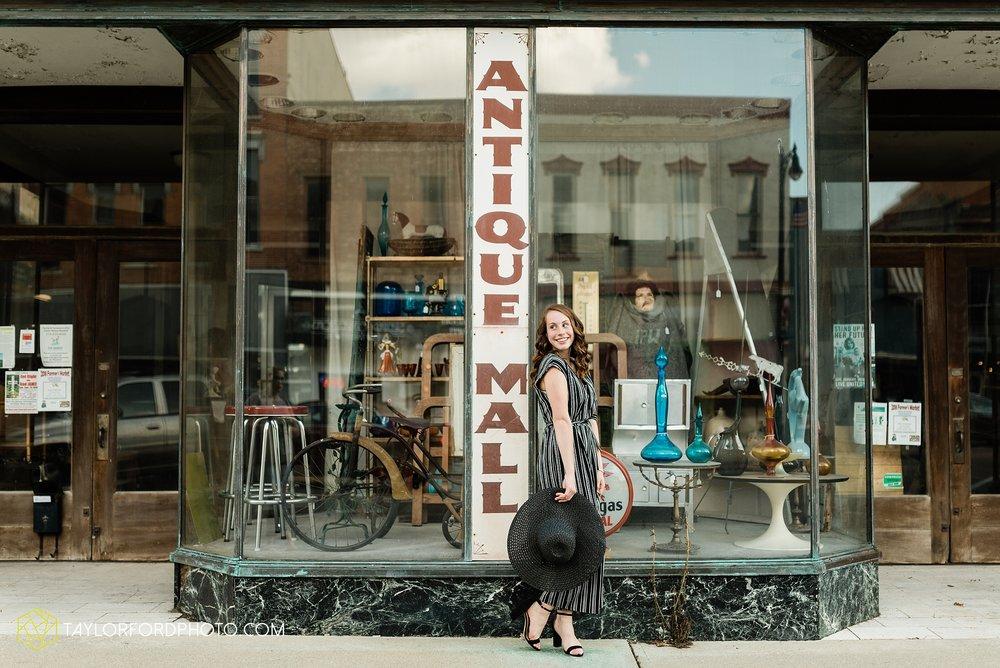 van-wert-high-school-ohio-senior-girl-downtown-cougar-photographer-taylor-ford-photography_0920.jpg