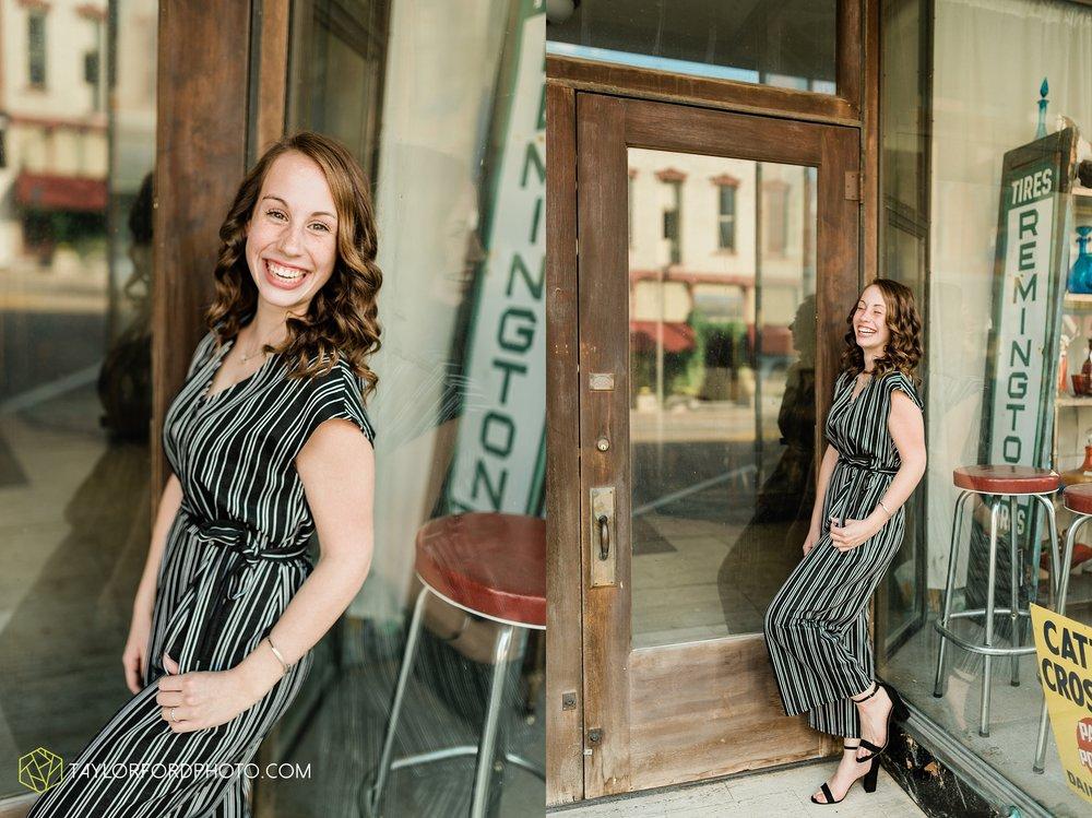 van-wert-high-school-ohio-senior-girl-downtown-cougar-photographer-taylor-ford-photography_0921.jpg