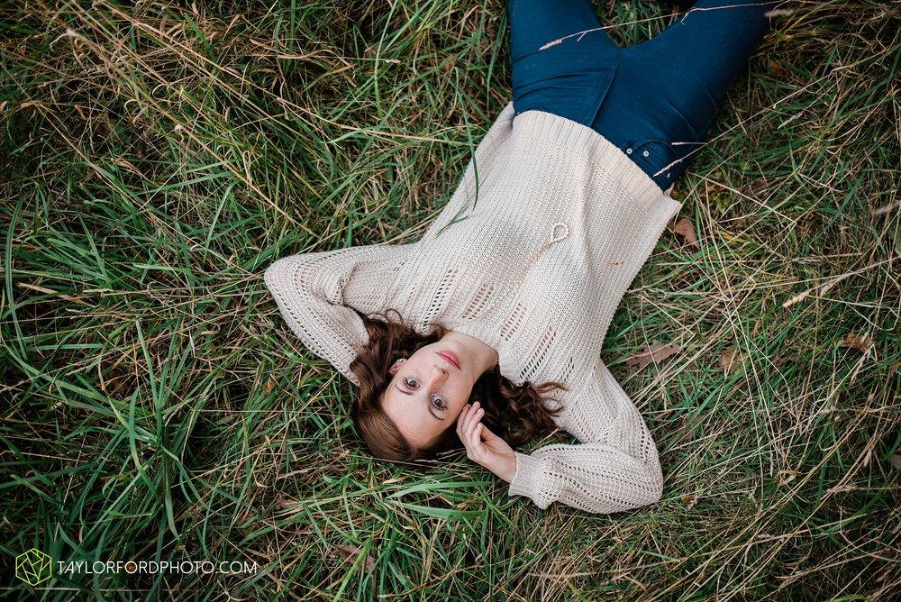 van-wert-high-school-ohio-senior-girl-downtown-cougar-photographer-taylor-ford-photography_0935.jpg