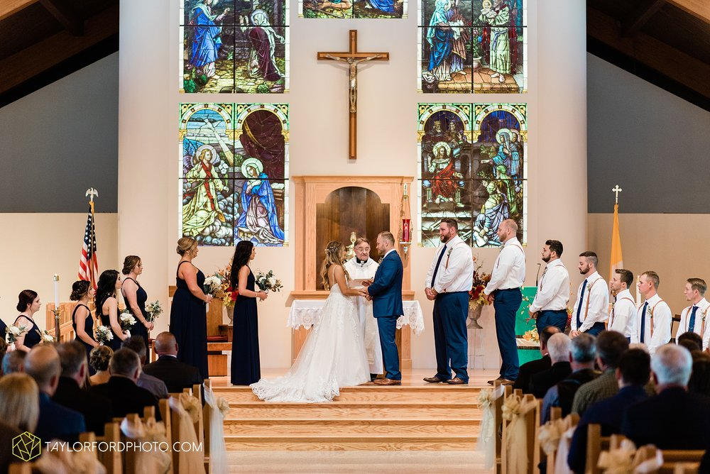 mckenzie-nofer-jordan-gibson-van-wert-ohio-wedding-saint-marys-of-the-assumption-backyard-pull-barn-reception-country-horse-photographer-taylor-ford-photography_1108.jpg