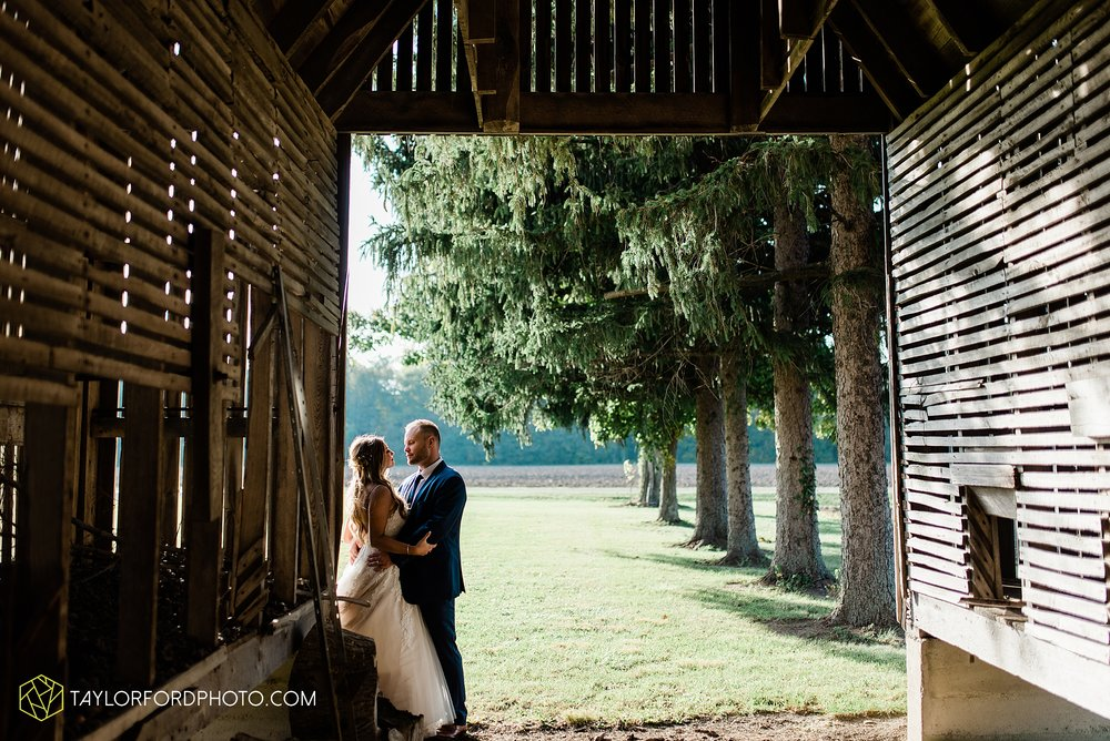 mckenzie-nofer-jordan-gibson-van-wert-ohio-wedding-saint-marys-of-the-assumption-backyard-pull-barn-reception-country-horse-photographer-taylor-ford-photography_1155.jpg