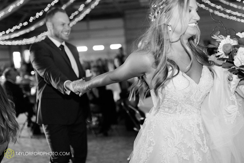 mckenzie-nofer-jordan-gibson-van-wert-ohio-wedding-saint-marys-of-the-assumption-backyard-pull-barn-reception-country-horse-photographer-taylor-ford-photography_1159.jpg