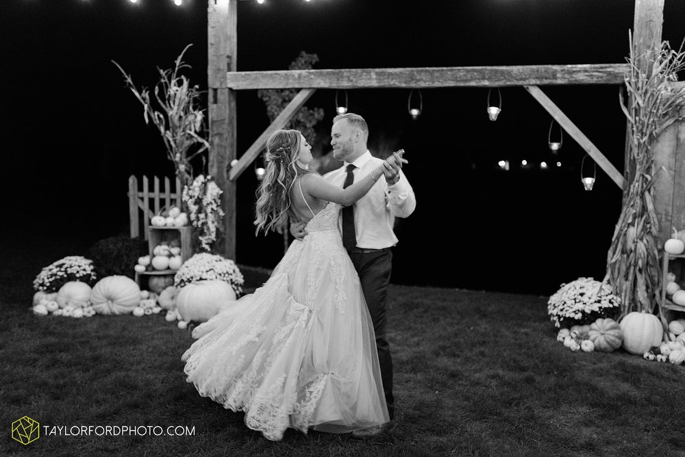 mckenzie-nofer-jordan-gibson-van-wert-ohio-wedding-saint-marys-of-the-assumption-backyard-pull-barn-reception-country-horse-photographer-taylor-ford-photography_1184.jpg