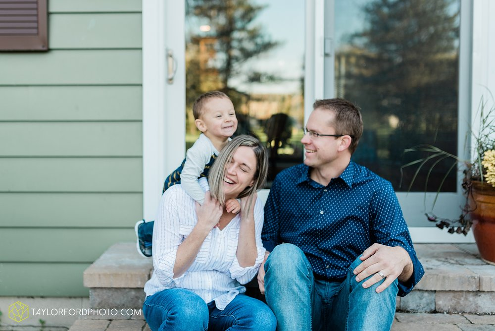 northwest-van-wert-ohio-backyard-at-home-outdoor-natural-light-stollerfamily-photographer-taylor-ford-photography_1245.jpg