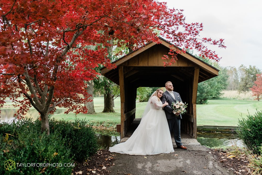 madi-devin-getts-minear-orchard-ridge-golf-club-outdoor-pin-up-curls-downtown-southwest-fort-wayne-indiana-wedding-fall-photographer-taylor-ford-photography_1443.jpg
