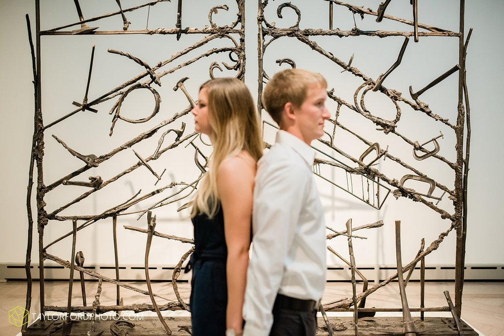 joce-chris-downtown-toledo-museum-of-art-engagement-fall-photographer-taylor-ford-photography_1471.jpg