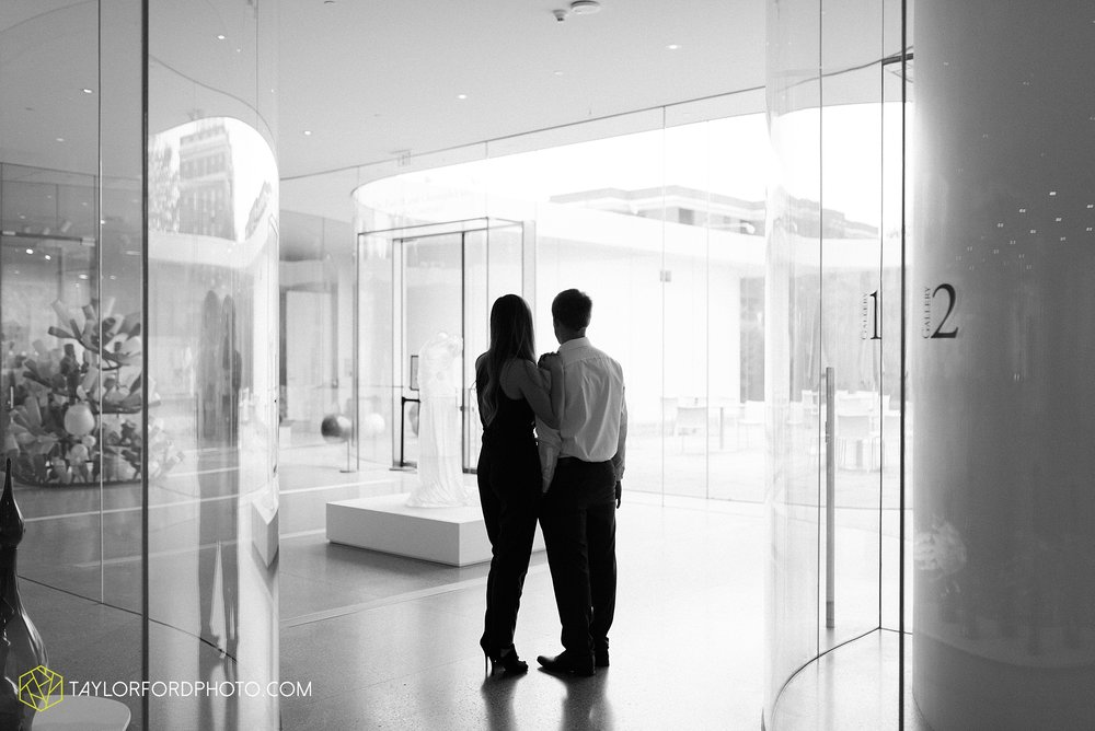 joce-chris-downtown-toledo-museum-of-art-engagement-fall-photographer-taylor-ford-photography_1477.jpg