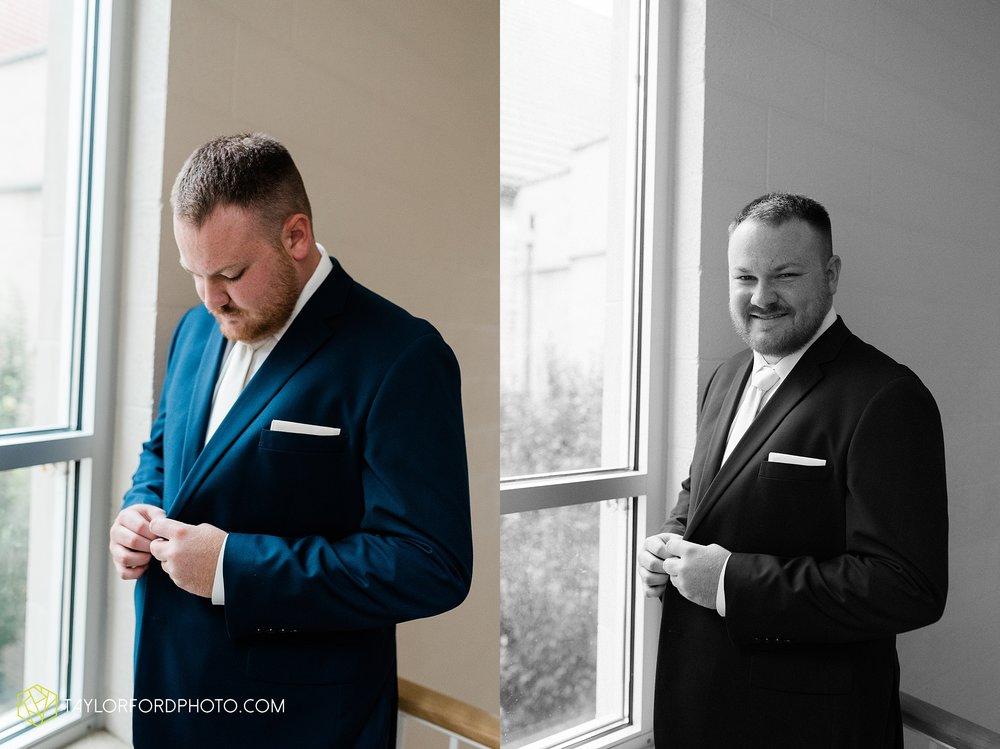 brooke-jacob-staley-van-wert-ohio-farm-wedding-saint-marks-church-november-classic-citizens-senior-center-photographer-taylor-ford-hirschy-photographer_1736.jpg