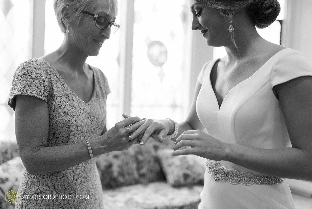 brooke-jacob-staley-van-wert-ohio-farm-wedding-saint-marks-church-november-classic-citizens-senior-center-photographer-taylor-ford-hirschy-photographer_1740.jpg