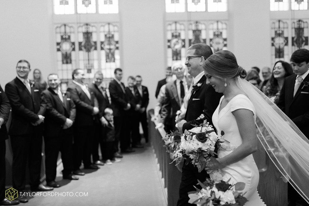 brooke-jacob-staley-van-wert-ohio-farm-wedding-saint-marks-church-november-classic-citizens-senior-center-photographer-taylor-ford-hirschy-photographer_1758.jpg