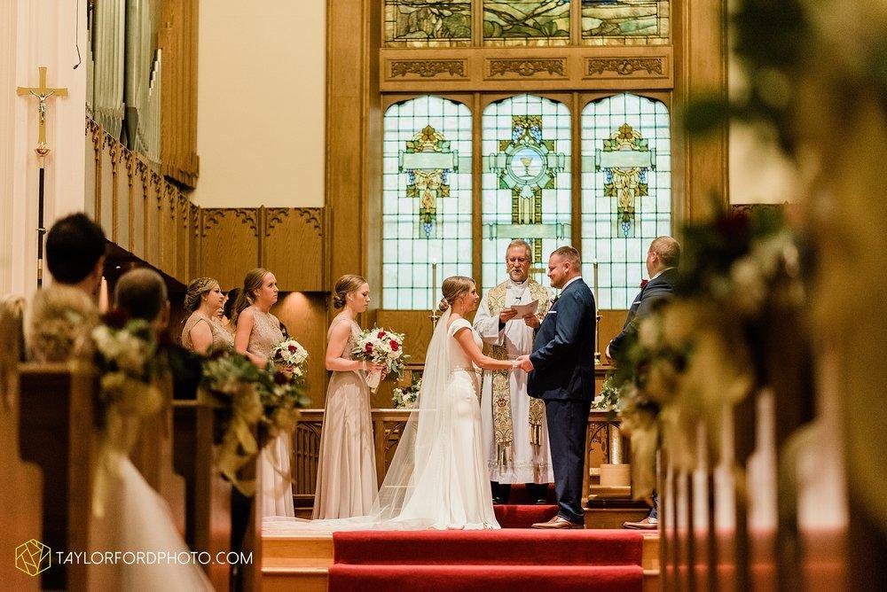 brooke-jacob-staley-van-wert-ohio-farm-wedding-saint-marks-church-november-classic-citizens-senior-center-photographer-taylor-ford-hirschy-photographer_1760.jpg