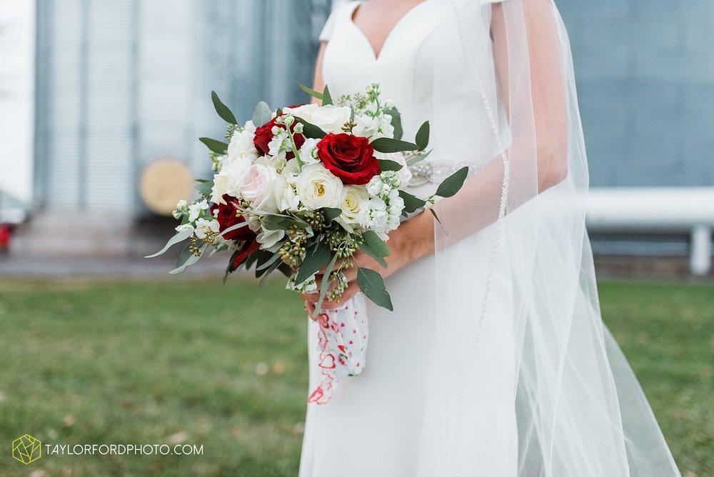 brooke-jacob-staley-van-wert-ohio-farm-wedding-saint-marks-church-november-classic-citizens-senior-center-photographer-taylor-ford-hirschy-photographer_1777.jpg