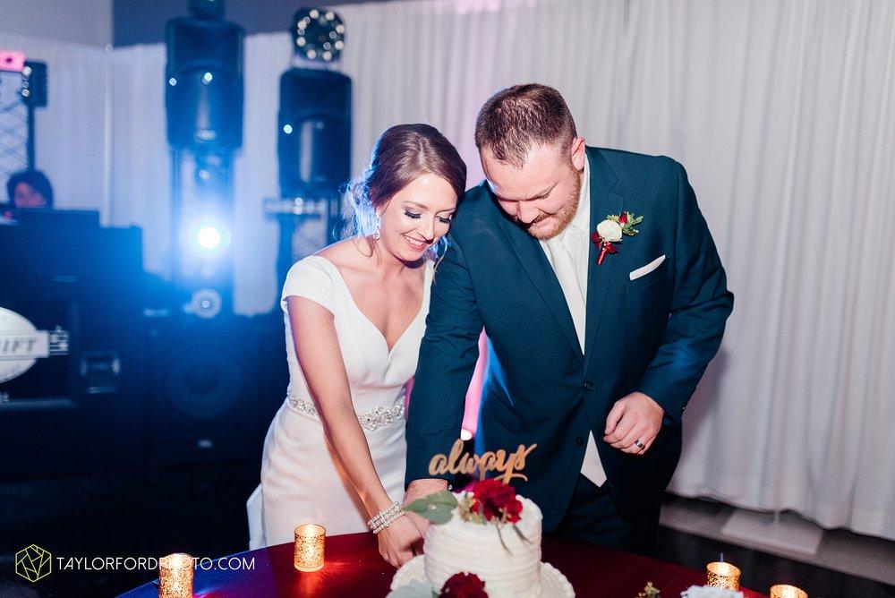 brooke-jacob-staley-van-wert-ohio-farm-wedding-saint-marks-church-november-classic-citizens-senior-center-photographer-taylor-ford-hirschy-photographer_1803.jpg