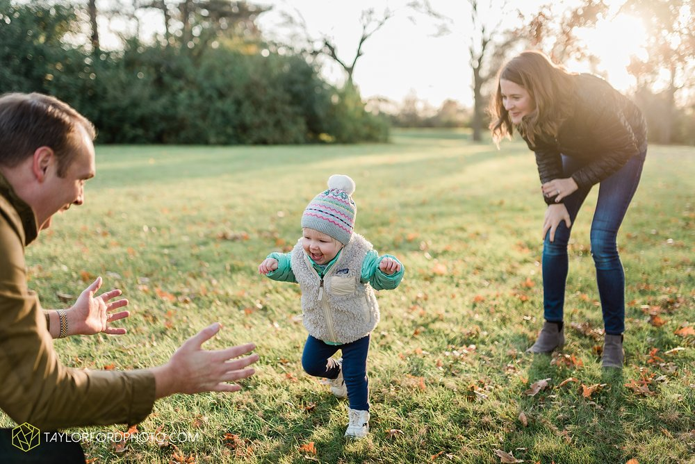 purmort-backyard-van-wert-ohio-fall-family-photographer-taylor-ford-hirschy-photographer_1679.jpg
