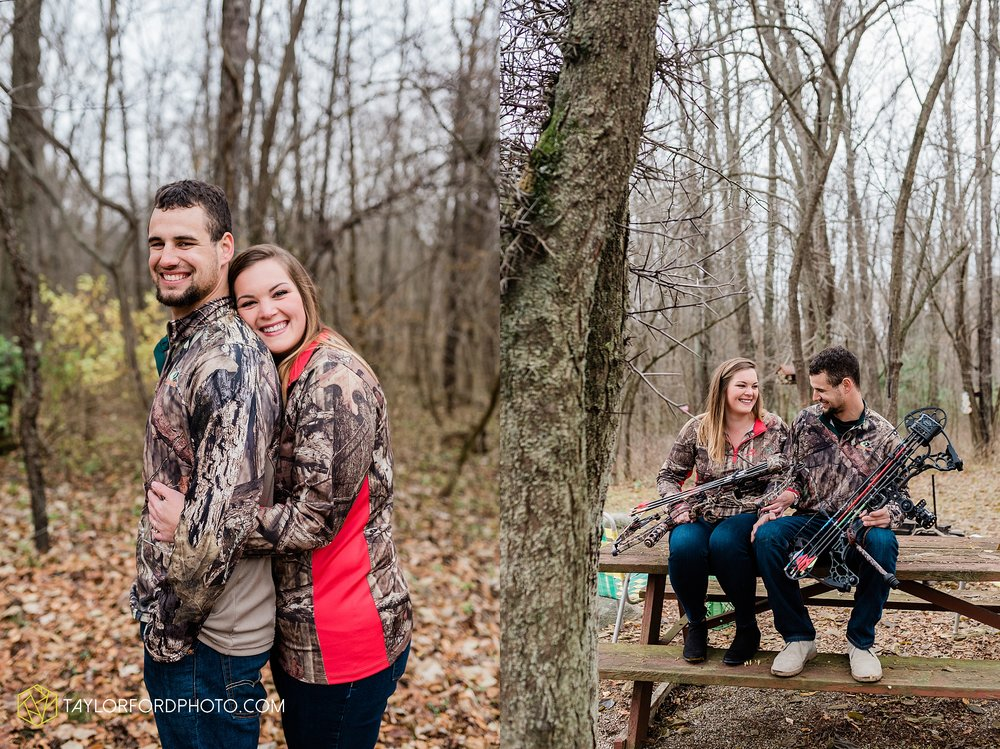 carol-hollis-taylor-fulk-columbia-city-marion-churubusco-indiana-engagement-farm-fall-woods-session-photographer-taylor-ford-hirschy-photographer_1703.jpg