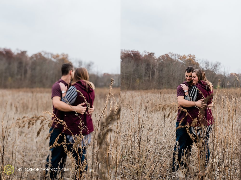 carol-hollis-taylor-fulk-columbia-city-marion-churubusco-indiana-engagement-farm-fall-woods-session-photographer-taylor-ford-hirschy-photographer_1705.jpg