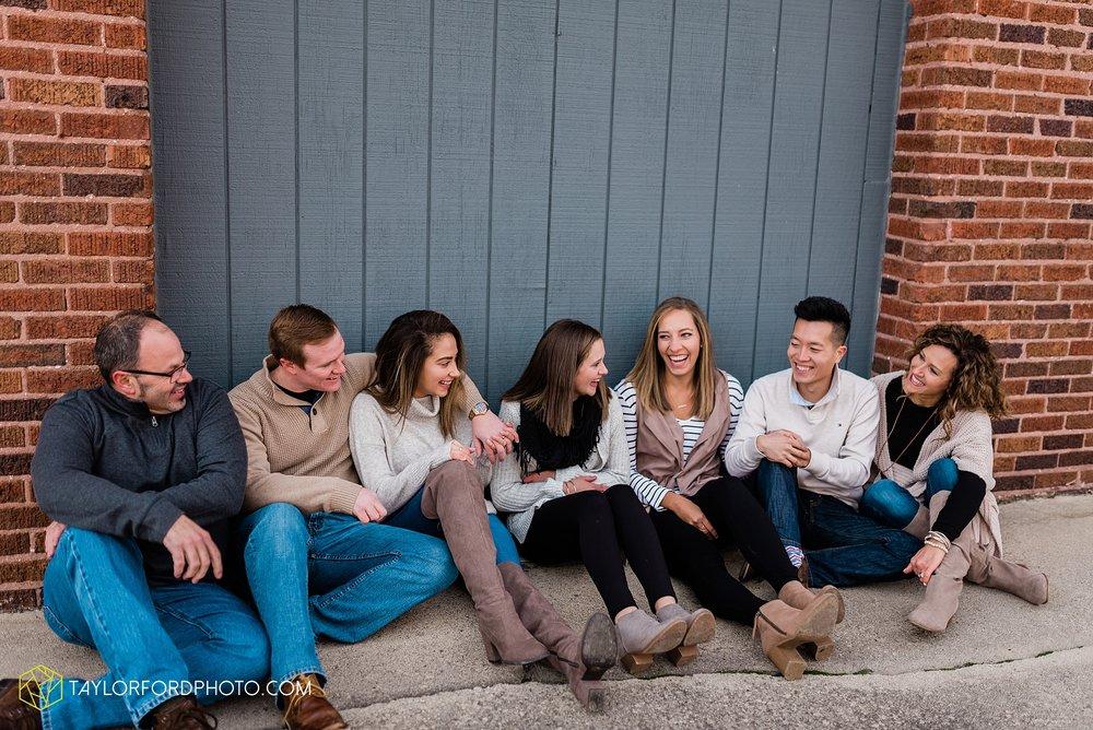 downtown-van-wert-ohio-fall-family-photographer-taylor-ford-hirschy-photographer_1666.jpg