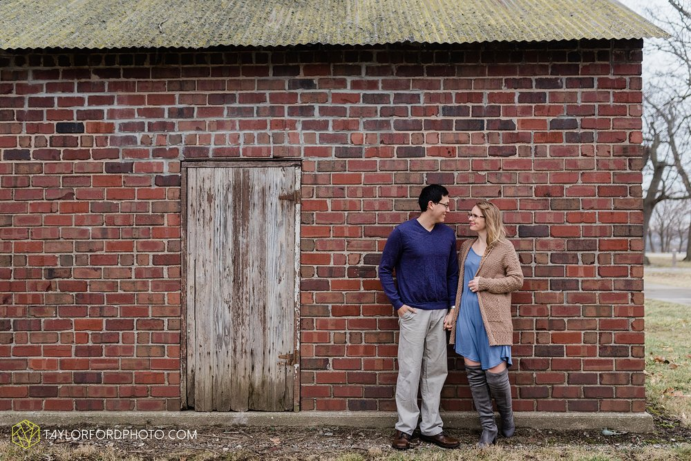 at-home-fidler-pond-park-downtown-goshen-indiana-engagement-photography-taylor-ford-hirschy-photographer_1993.jpg