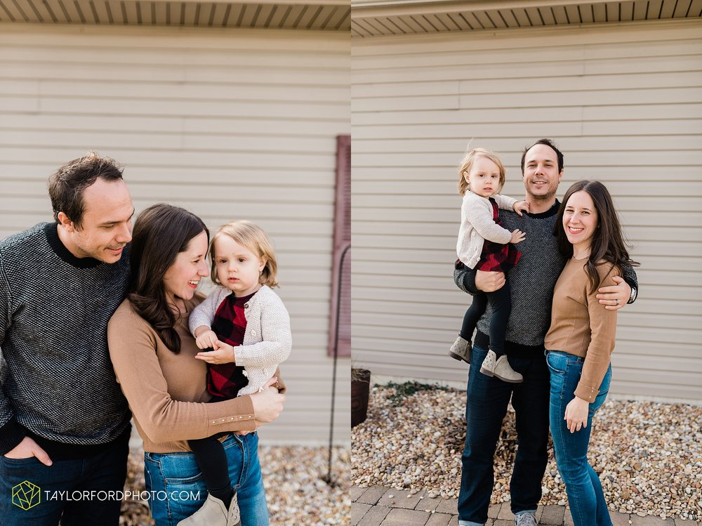 fortney-matthews-extended-family-van-wert-ohio-at-home-family-farm-photography-taylor-ford-hirschy-photographer_2029.jpg