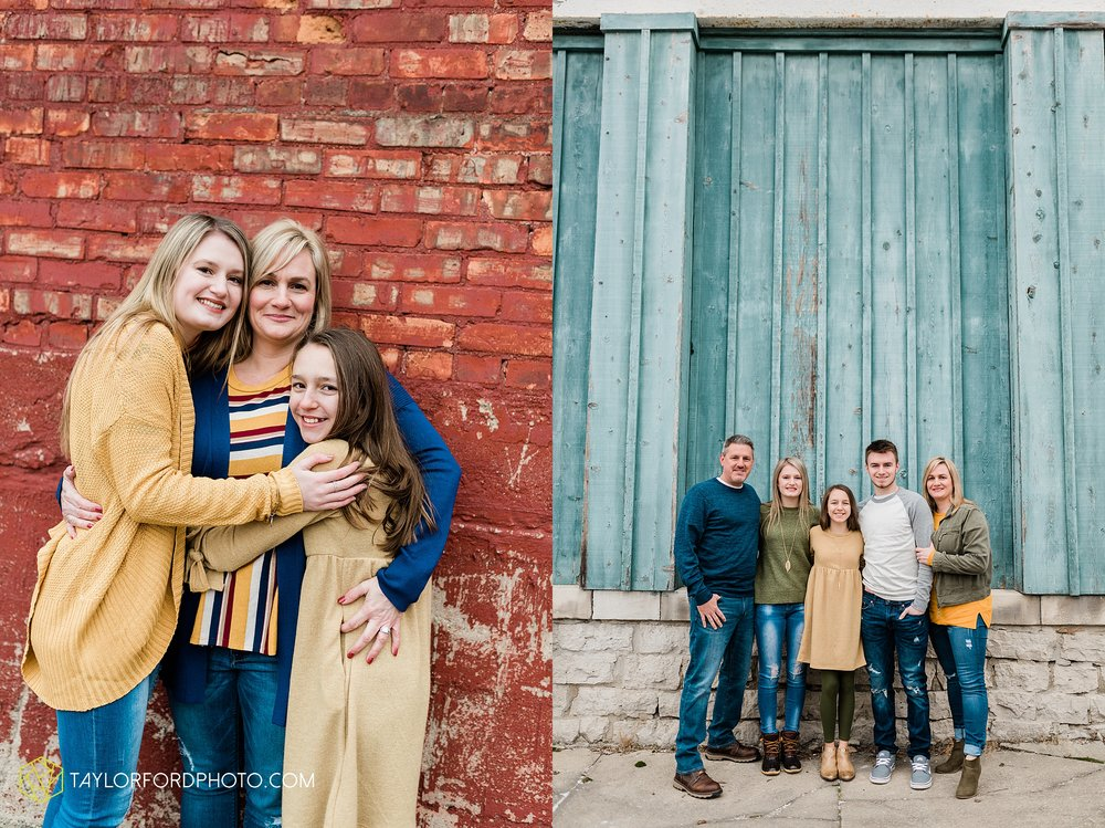 thompson-extended-family-van-wert-ohio-downtown-family-photography-taylor-ford-hirschy-photographer_2078.jpg