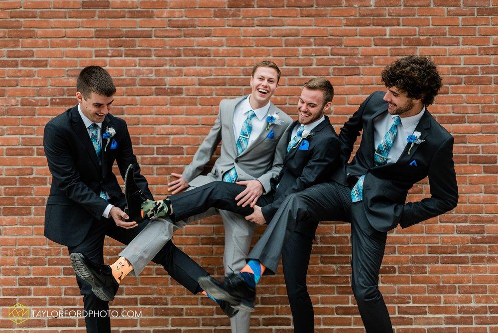 pleasant-view-church-christmas-celina-fraternal-order-of-eagles-reception-wedding-wren-willshire-van-wert-ohio-photography-taylor-ford-hirschy-photographer_2128.jpg