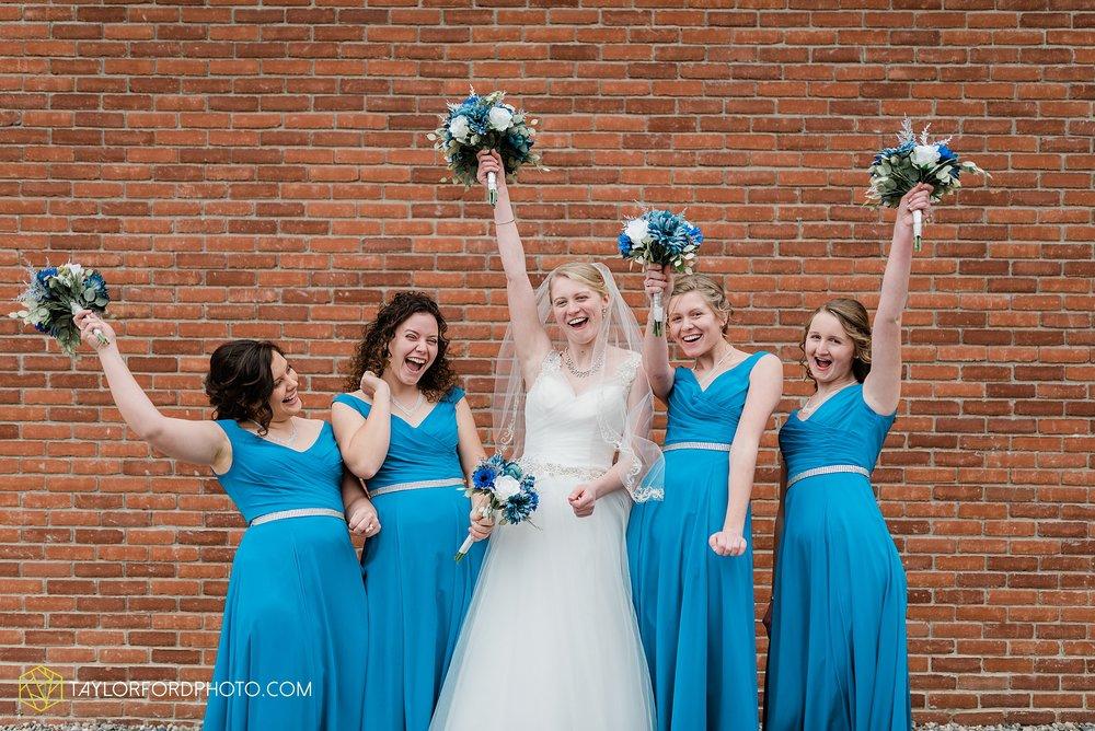 pleasant-view-church-christmas-celina-fraternal-order-of-eagles-reception-wedding-wren-willshire-van-wert-ohio-photography-taylor-ford-hirschy-photographer_2139.jpg