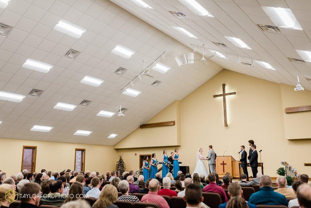 pleasant-view-church-christmas-celina-fraternal-order-of-eagles-reception-wedding-wren-willshire-van-wert-ohio-photography-taylor-ford-hirschy-photographer_2153.jpg