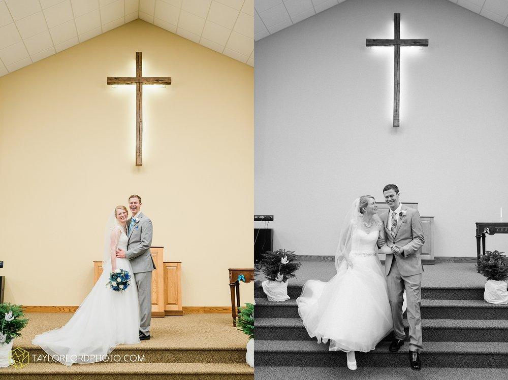 pleasant-view-church-christmas-celina-fraternal-order-of-eagles-reception-wedding-wren-willshire-van-wert-ohio-photography-taylor-ford-hirschy-photographer_2159.jpg