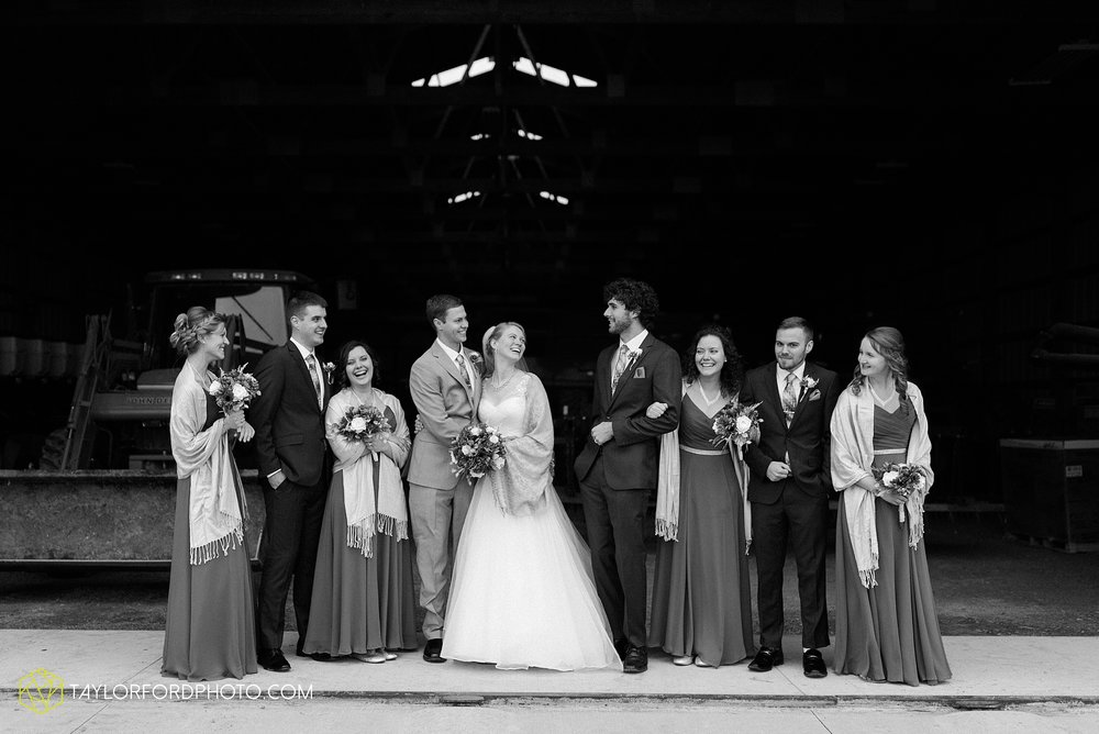 pleasant-view-church-christmas-celina-fraternal-order-of-eagles-reception-wedding-wren-willshire-van-wert-ohio-photography-taylor-ford-hirschy-photographer_2169.jpg